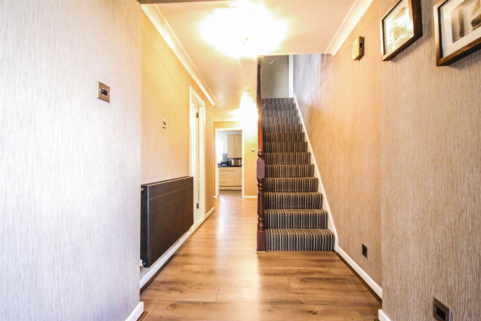 4 Bedroom Detached House For Sale - _._4.jpg